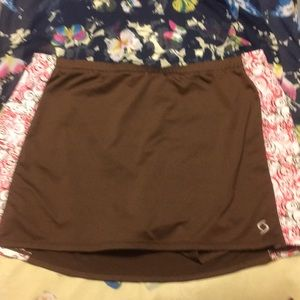 Women's moving comfort skirt large